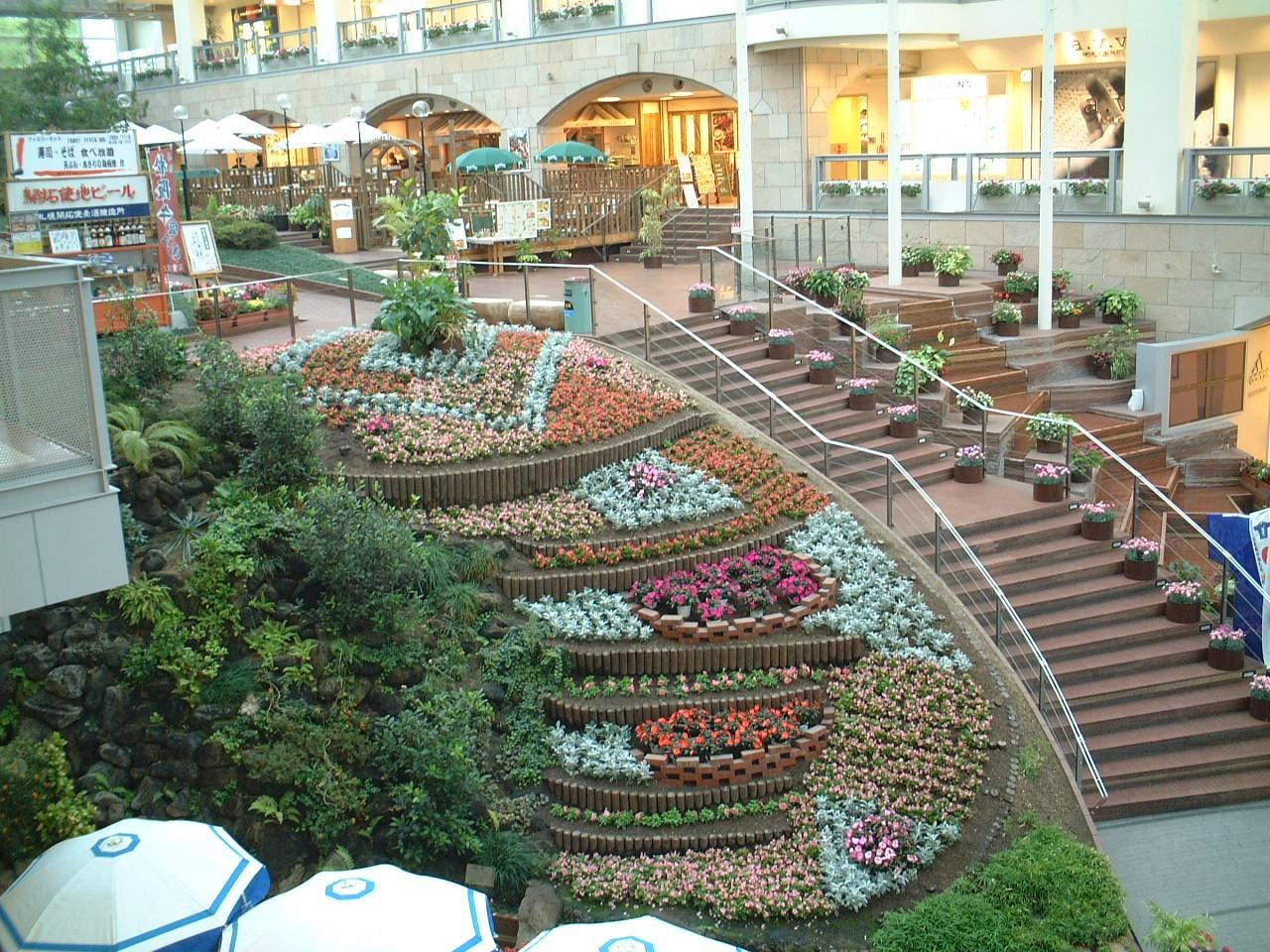 サッポロファクトリー植物管理
